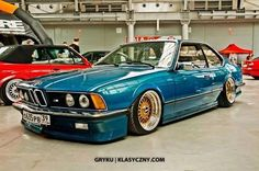 BMW slammed E24 6 series with air ride