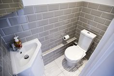 Cloakroom toilet downstairs loo - WC in Side Return Extension on a Victorian Terraced House in Redbridge, Cloakroom Toilet Downstairs Loo, Bathroom Under Stairs, Small Wc Ideas Downstairs Loo, Understairs Bathroom, Small Toilet Room, Small Bathroom, Small Laundry Sink, Corner Toilet, Corner Bath