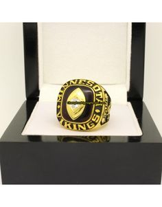 Cleveland Browns 1969 NFC Football Championship Ring Super Bowl Rings, Championship Rings, Cleveland Browns, Class Ring, Football, Jewelry, Soccer, Futbol, Jewlery