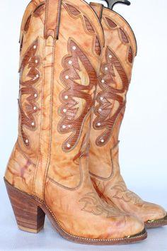 MINT Beautiful vintage Capezio butterfly cutout leather womens cowboy boots 7 M Country Girl Boots, Country Girls, Cowboy Boots Women, Cowgirl Boots, Butterfly Cutout, Fashion Stylist, Eyewear, Shoe Boots, Footwear