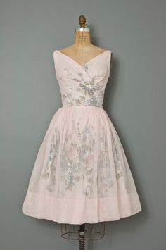 vintage 1950s floral party dress / 50s dress / by SwaneeGRACE, $278.00