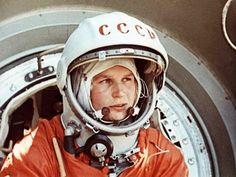 Valentina Tereshkova... El 16 de junio de 1963, la cosmonauta soviética Valentina Tereshkova a bordo del Vostok-6 se convirtió en la primera mujer en la Historia en viajar al espacio.