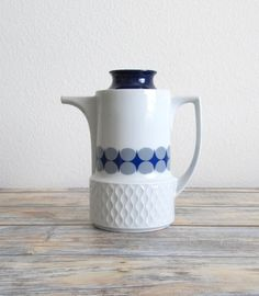 New to VintageLandia on Etsy: Vintage Coffee Pot   Retro Coffee Pot   Ceramic Coffee Pot   Vintage Kitchenware   Schirnding Bavaria (29.99 USD)