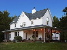 Take a tour with HGTV Magazine through this family's Wisconsin farmhouse and get a ton of new and unique decorating ideas.