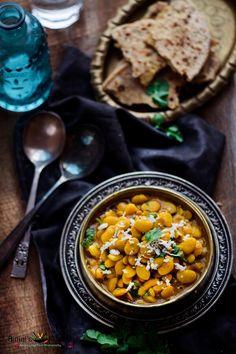 Rangooni Vaal Shaak (Lima Beans Curry) - Binjal's VEG Kitchen