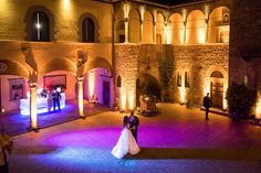 Z&Z wow-ed their guests with a beautiful dance in a castle. Dreamy!