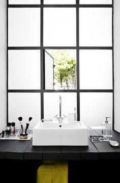 bathroom: black & white / windows