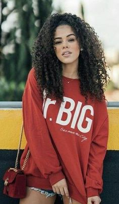 Curly Hair Tips, Long Curly Hair, Curly Girl, Curly Hair Styles, Natural Hair Styles, Moda Afro, Beatiful People, Curls For The Girls, Baddie Hairstyles