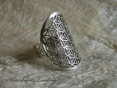 Hey, I found this really awesome Etsy listing at https://www.etsy.com/listing/219631555/silver-ring-sacred-geometry-ring-flower