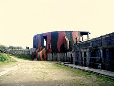 8.Pendennis Castle - The Half Moon Battery was dismantled in 1938 so when war broke out it was quickly re-equipped. Information to the battery was sent from an underground room at the nearby Bay Hotel.