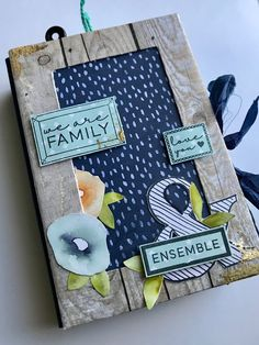 We Are Family, Family Love, Mix Media, Mini Albums Scrapbook, Family Album, Blog, Diy Crafts, Holiday Decor, Handmade