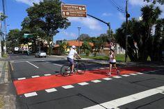 Ciclofaixa na Rua Lysímaco Ferreira da Costa. Curitiba, 11/02/2014 Foto: Luiz Costa/SMCS