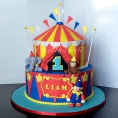 Fun Circus Cake #firstbirthday #1stbirthday #birthday #cake #birthdaycake #buttercream #buttercreamcake #circus #circuscake