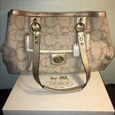 Beige Coach Purse Perfect condition Coach Bags Shoulder Bags