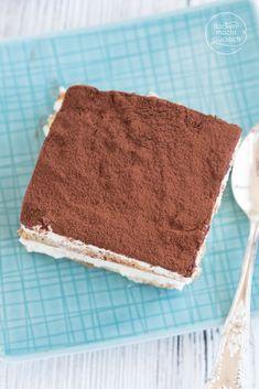 Tiramisu ohne Ei, Alkohol, Kaffee | Backen macht glücklich Sweets, Ethnic Recipes, Sweet Desserts, Cool Desserts, Sheet Cakes, Brot, Gummi Candy, Candy, Goodies