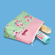 Kulturbeutel Damen, Kulturtasche Damen, Kosmetiktasche mit Namen, Geschenk Muttertag, Muttertagsgeschenk