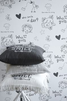 "Cozz ""Smile"" Collection Wallpaper, Who are the Girls,... Deco Cushions, What a lovely day, White, Black, Linnen #Behang #Krijtbord #Meisjeskamer"