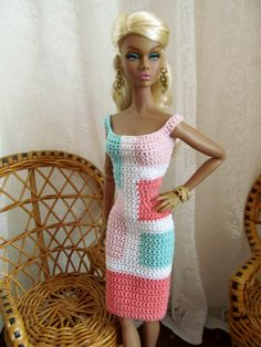 crochet barbie doll clothes for beginners Crochet Barbie Patterns, Crochet Doll Dress, Barbie Clothes Patterns, Crochet Barbie Clothes, Clothing Patterns, Barbie Outfits, Barbie Dress, Accessoires Barbie, Barbie Mode