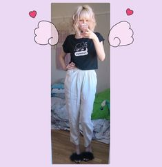 Seems like my favorite outfits nowadays are the most plain and simple ones 🙃 (old thee from #wegojapan and 70s pants ) #ootd…