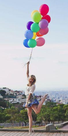 Pas pratique de se promener avec des ballons d'helium mais faut avouer que c'est la classe...: