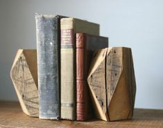 Cool DIY Woodworking Ideas | Wooden Bookends by DIY Ready at http://diyready.com/easy-woodworking-projects/