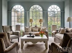 Mix and Chic: Inside a gorgeous and timelessly elegant Buckhead home!