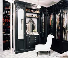 so if i had a closet that was big enough for a chair... i am pretty sure i would have died and gone to heaven. <3