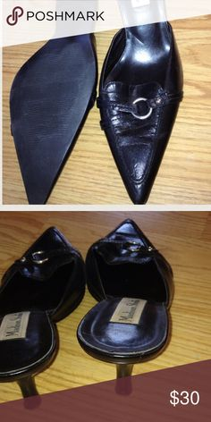 Pointed Black Heels, pointed is in! Pointed Black dressy shoes Preloved only minor wear very small scuffing, only noticeable close up. These are really a steal!You are gonna love them!:) still have lots of wear in them!! Black pointed closed toes heels! Could possibly wear these if you wear an 8.5 too. Madison Studio Shoes Heels