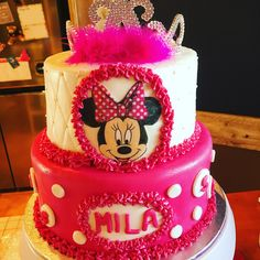 Cake for my niece.