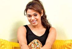 "No issues with actors singing songs: Shalmali MUMBAI : With many voicing their displeasure over the growing trend of actors crooning their songs singer Shalmali Kholgade feels there is nothing wrong with it. The ""Baby Ko Bass Pasand Hai"" hitmaker says it is great if celebrities wish to record songs in their own voice. ""We've had actors singing in films even earlier. We never questioned it then we shouldn't now. If there's an actor who wishes to sing in the film he or she is acting in that's…"