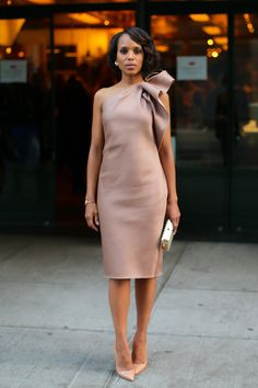 """Your look doesn't have to scream """"holiday"""" — Kerry Washington's bow-adorned one-shoulder dress makes a subtle nod to the season."""