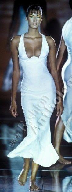 Yasmeen Ghauri - Gianni Versace Runway Show, 1993'