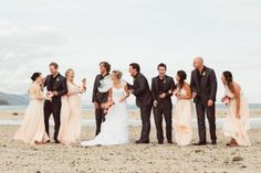bridal party - fiji wedding - kama catch me http://www.kamacatchme.com/