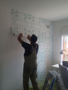 Removable (non-vinyl) #wallpaper for renters: proof it exists!
