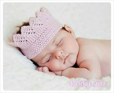 Baby crown photo prop knitted. Baby girl crown. by KwirkyKnitsUK