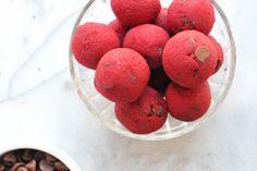 Christmas Cookie Dough Balls + an Easy Lunchbox Idea | Nosh and Nourish