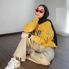 Modern Hijab Fashion, Street Hijab Fashion, Hijab Fashion Inspiration, Muslim Fashion, Urban Fashion, Casual Hijab Outfit, Casual Outfits, Fashion Outfits, Ootd Hijab