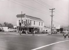 98th and International Blvd. (E.14th St.) 1940s