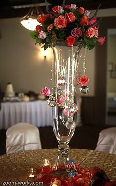 European Floral Design by Magdalena Williams *** I would have made the top flower more full, extending out further. It would have balanced better. Tall Flower Arrangements, Floral Centerpieces, Vases Decor, Wedding Centerpieces, Wedding Table, Centrepieces, Deco Floral, Arte Floral, Floral Design
