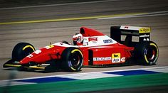 Gerhard Berger Scuderia Ferrari F93A Designer: Jean-Claude Migeot Engine: Ferrari Tipo 041