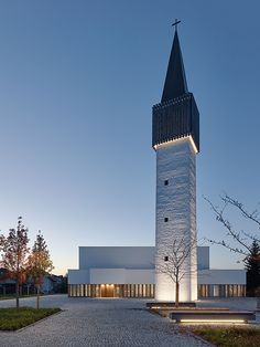 Entrance axis of this #church in Germany stands for religious importance as well as public importance.