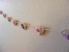 LEVEL 14 - String and heart/flower garland (12 hearts)