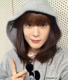 Bts Girl, Jisung Nct, Just Girly Things, Jaehyun Nct, Photomontage, Ulzzang Girl, Nct Dream, Nct 127, Pretty Boys