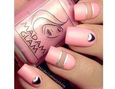 20 pomysłów na różowy manicure. Słodkie wzorki na paznokcie na lato! - Strona 17