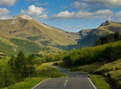 6 of the best road trips in the UK - There is something about a road trip that creates an endless state of heightened excitement. It comes with a heart-in-mouth, funfair-like thrill. And no matter the destination, a road trip unfolds at the same, ascending …