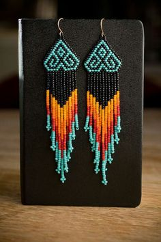 Native American Style Chevron Beaded Earrings Seed bead native american style earrings (it's the color combo…) Inspiration Seed Bead Jewelry, Seed Bead Earrings, Beaded Earrings, Seed Beads, Beaded Jewelry, Jewellery, Fringe Earrings, Perler Beads, Gold Necklace