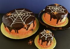 Creepy Cakes by Cakewalker | Pumpkin-chocolate cake with a generous pour of cinnamon chocolate ganache. #pumpkin #chocolate #halloween