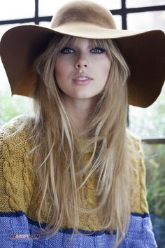 taylor swift- her hair!