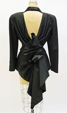 Thierry Mugler 90s... I love the back detailing of this
