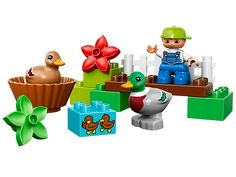 The ducks are dabbling in the LEGO® DUPLO® forest!